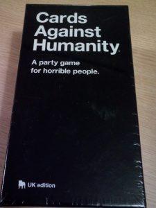 海外・英語で人気のおすすめ人権侵害カードゲーム。種類や用語、事例