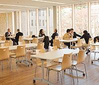 美味しくないって言ってる人多いけど、海外と比較すると日本の大学の学食は相当レベル高いよ!っていう話