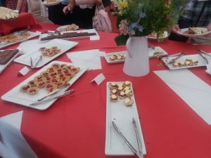 ケンブリッジ大学の卒業生OB/寄贈者園遊会(ガーデンパーティ)が凄かった話
